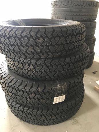 Резина на внедорожник 4х4 Dunlop r16