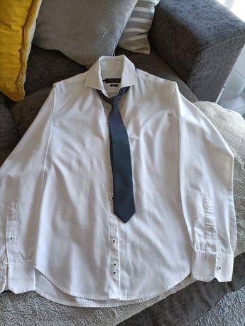 Vendo camisa nova com gravata para criança dos 13 aos 14