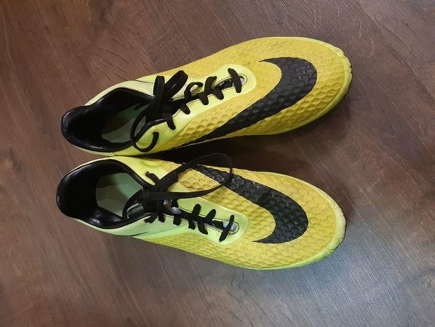 Копы футбольные Nike Hypervenom