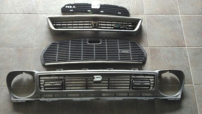 Grelhas Datsun, mini e Seat Ibiza TDi - usadas. Toyota já vendida.