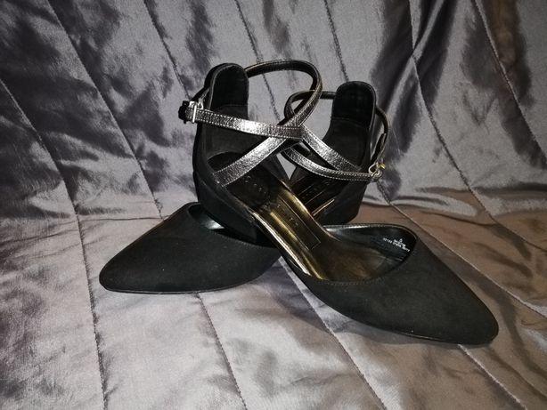 Eleganckie, okazyjne buty M&S rozm. 38