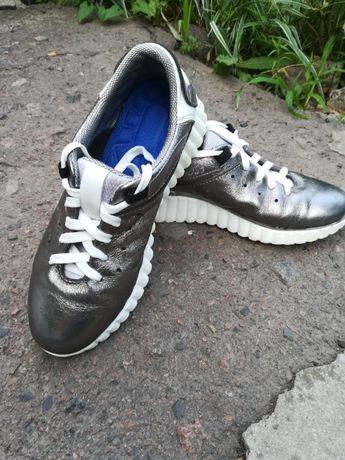 Взуття для дівчинки 36 р.