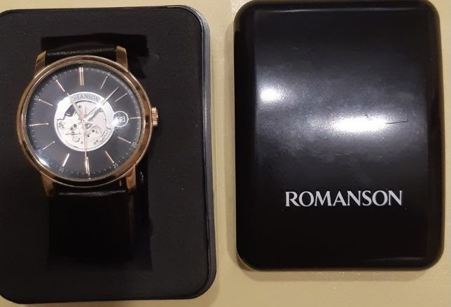 Срочно продам часы Romanson