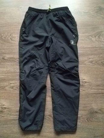 Спортивные брюки для мальчика 9-10 лет