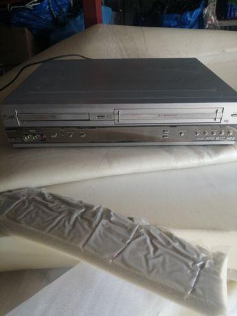 Magnetowid VHS plus dvd