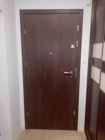 Drzwi wejściowe wewnętrzne