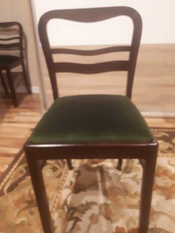 Krzesła i fotel po renowacji