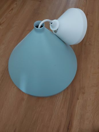 Candeeiro azul ikea