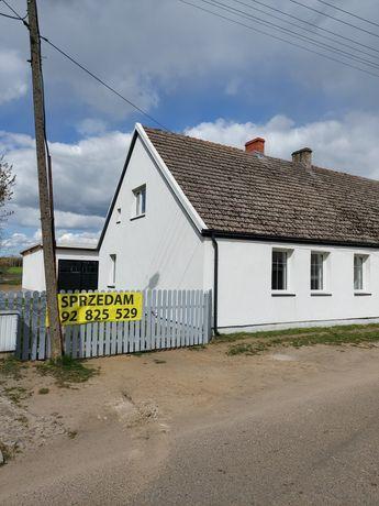 Dom w Świerczynie,gmina Wierzchowo