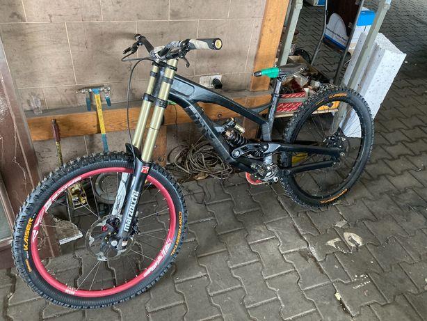 Rower yt tues L po serwisach nowe części Downhill Enduro
