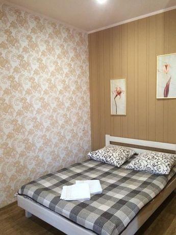 Уютная квартира посуточно возле метро. Центр Харькова