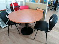 Mesa redonda com 110 cm em wengue