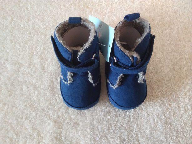 Nowe jesienno - zimowe niechodki dla chłopca rozm. 0-6 miesięcy