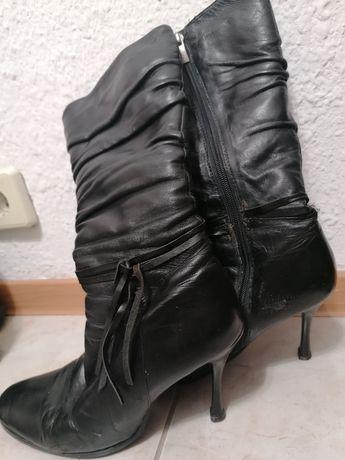 Сапоги зимние на каблуке