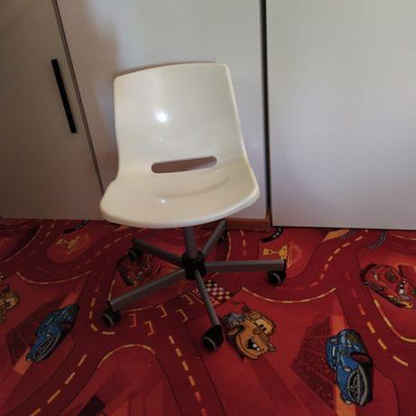 Krzesło obrotowe SNILLE IKEA