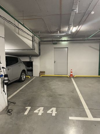 От собственника продажа паркоместа паркинг 4 Ривер Стоун