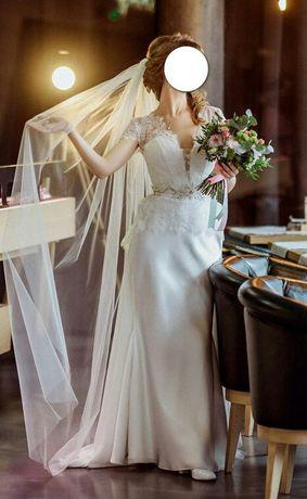 Продам не звичайного пошиву весільну сукню