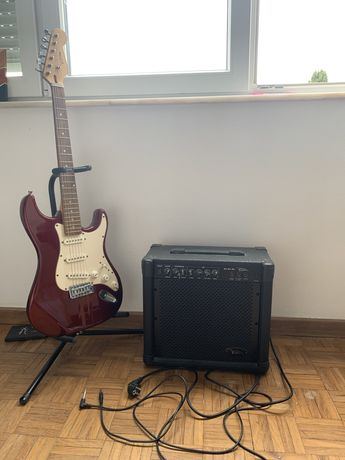 Guitarra vermelha + amplificador (VISION) + cabos + pedestal