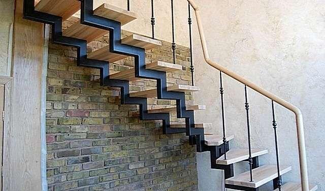 Приймаєм замовлення на металеві каркаси сходів