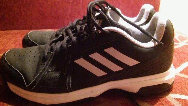Adidas r.42