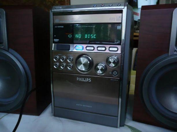 Wieża Philips MCM760