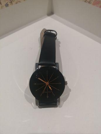 Zegarek damski czarno złoty