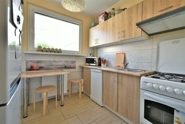 Pokój w komfortowym mieszkaniu wynajmę dziewczynie (Bydgoszcz)