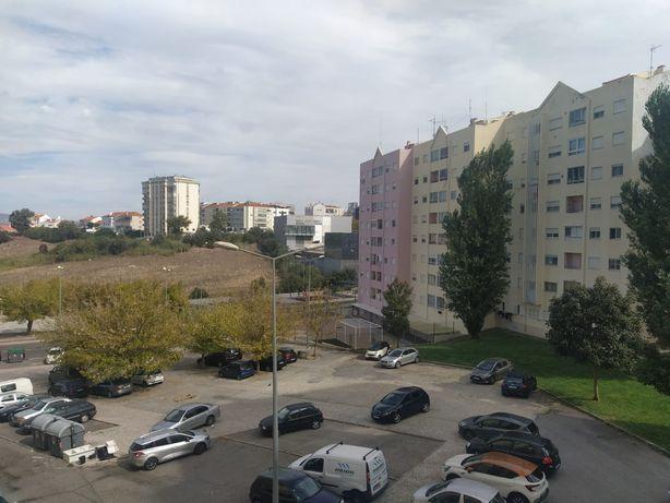 Apartamento T2 Urmeiros