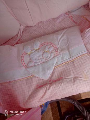 Набор с бортиками в детскую кроватку