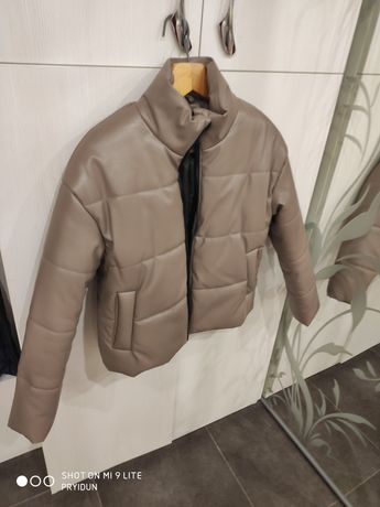 Зимова курточказ еко-шкіри
