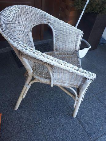 Fotel wiklinowy z poduszka