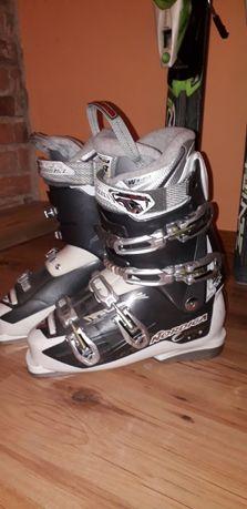 Buty narciarskie 2 x : Nordica wkładka 260-265 Dalbello wkładka 285