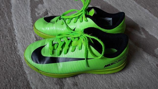 Buty Nike rozm 32