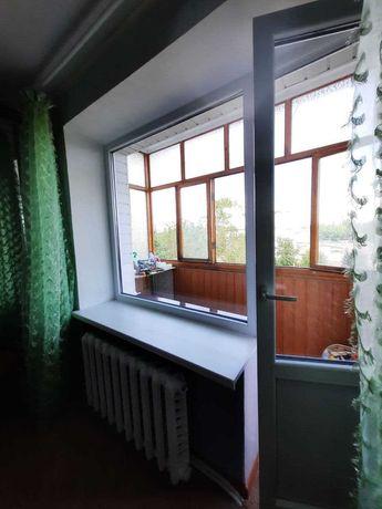 Срочно продам 2 ух ком. квартиру в центре 5/9 окна площадь перед ДК