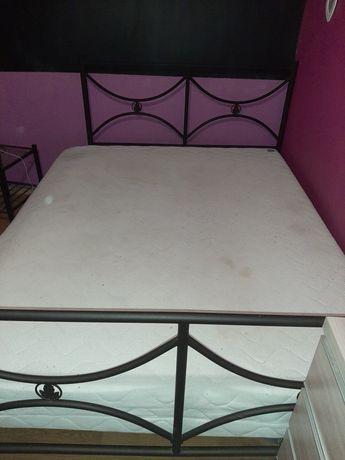 Metalowe łóżko łoże 150x200 + materac