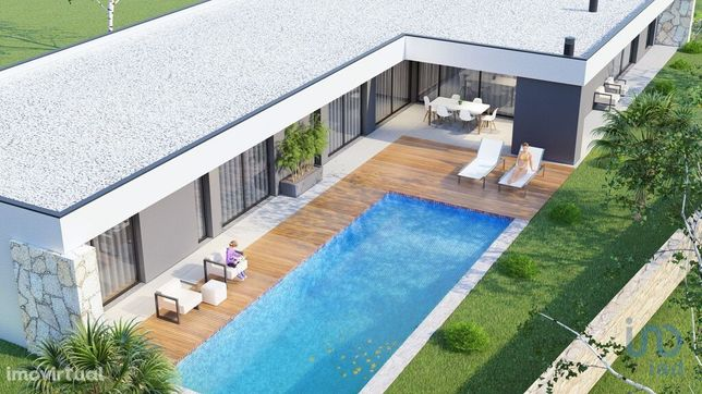Moradia - 223 m² - T3