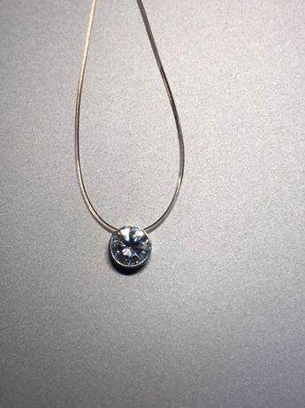 Серебряная подвеска с цирконием на силиконовой леске