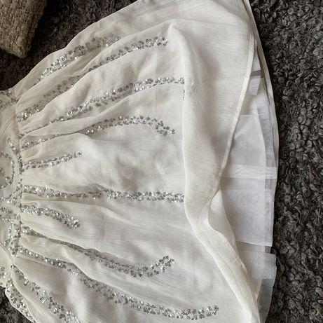 Asos piekna sukienka cekinowa smietankowa z tiulowa podszewka