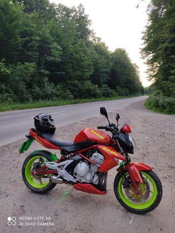 Продам мотоцикл er6n у відмінному стані, все працює технічно