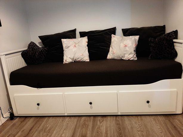Łóżko leżanka hemnes + 2 materace +narzuta szara grong