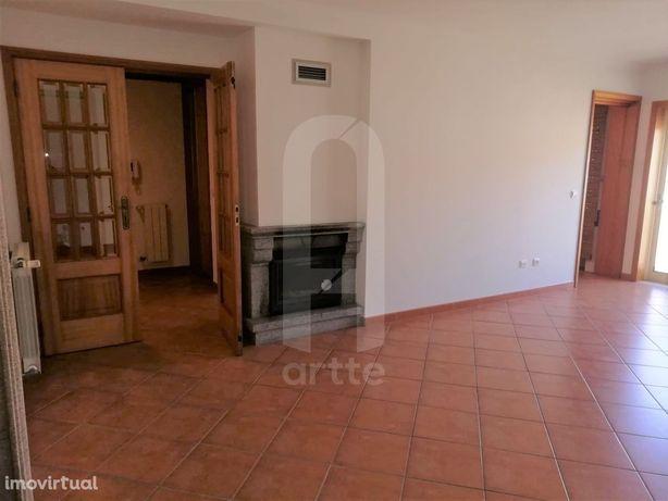 Apartamento T4 DUPLEX Venda em Esgueira,Aveiro