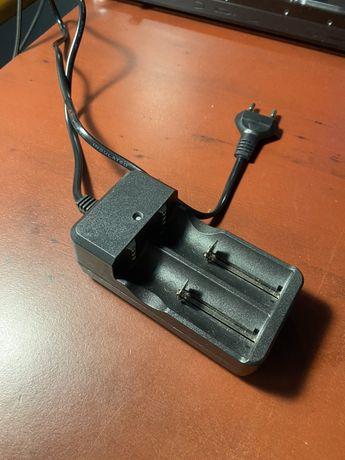 Зарядка для аккумуляторов Li-ion,вейп