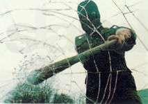 Противоударная защитная пленка на окна, бронированные стекла тонировка