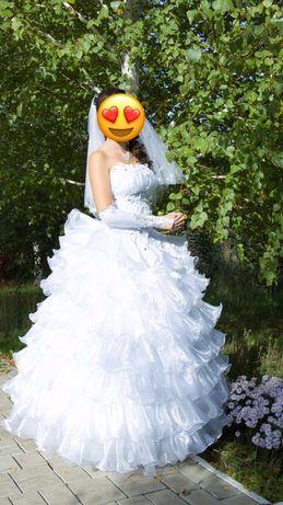 Свадебное платье 44-48р