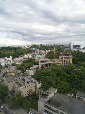 Глубочицкая, д.73 комплекс «Podil Plaza » Видовая, Подол Плаза