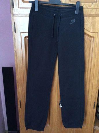 Spodnie Nike dresowe biodrówki XS/S
