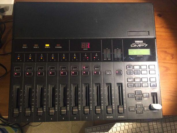 Yamaha DMP7 mesa de mistura digital