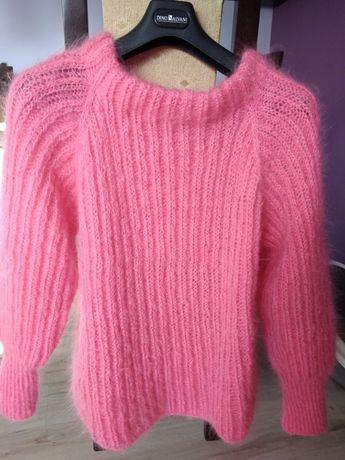 Sweterek moherowy cukierkowo różowy