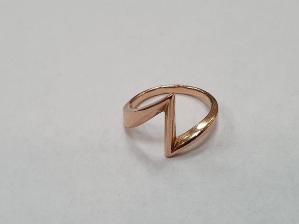 Retro! Piękny złoty pierścionek/ 585/ 2.58 gram/ Lite złoto/ R12 Gdyni