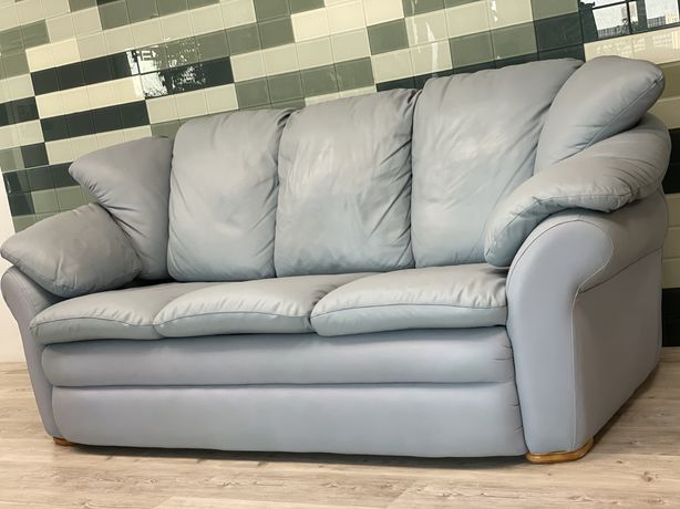 Кожаный(шкіряний)диван.Для ежедневного сна.Италия
